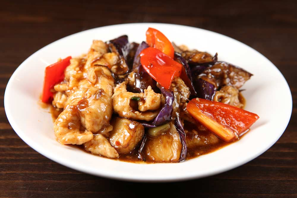 j16 chef special chicken & eggplant 一品茄子鸡片 [spicy]