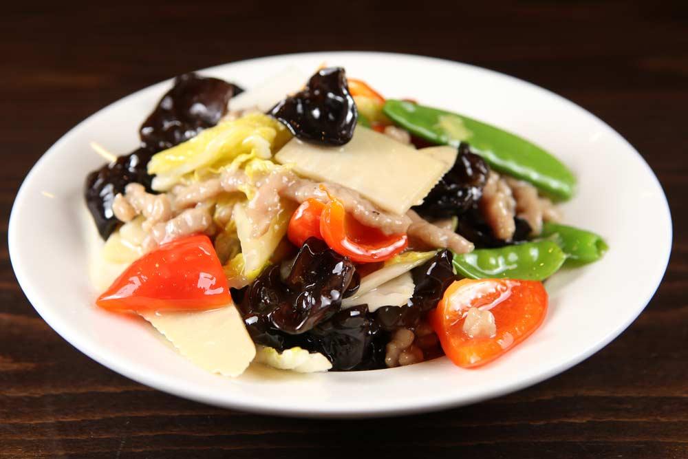 p07 pork w. vegetables & chinese mushrooms 木耳肉丝