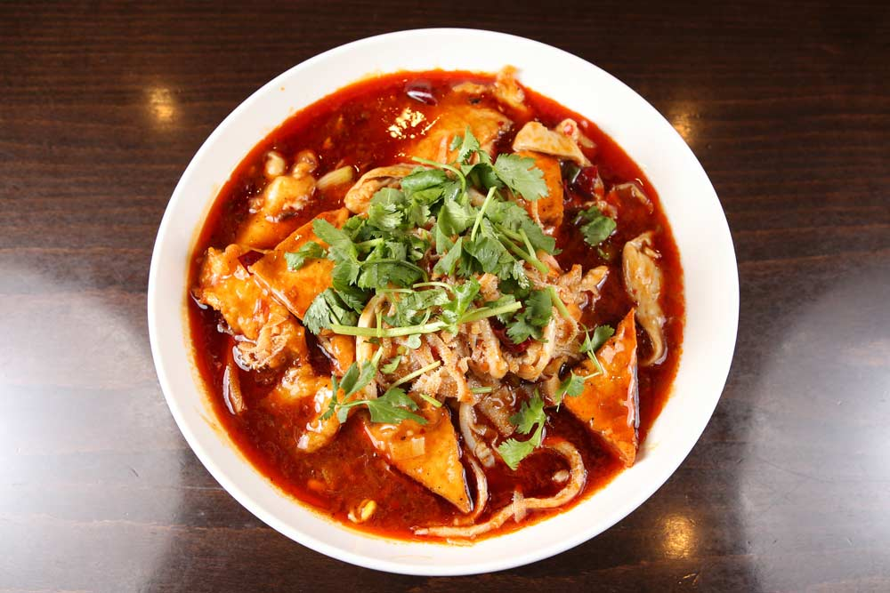 k01 beef tripe & pig intestine in chili broth 毛血旺 [spicy][spicy]