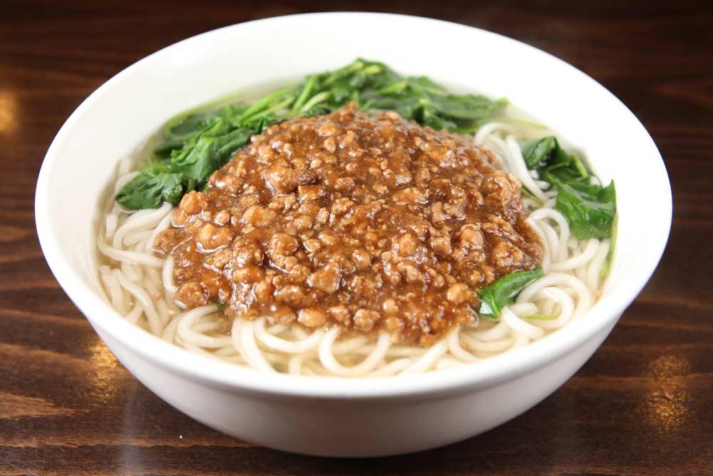 t04 zha jiang noodle pork 清汤炸酱面