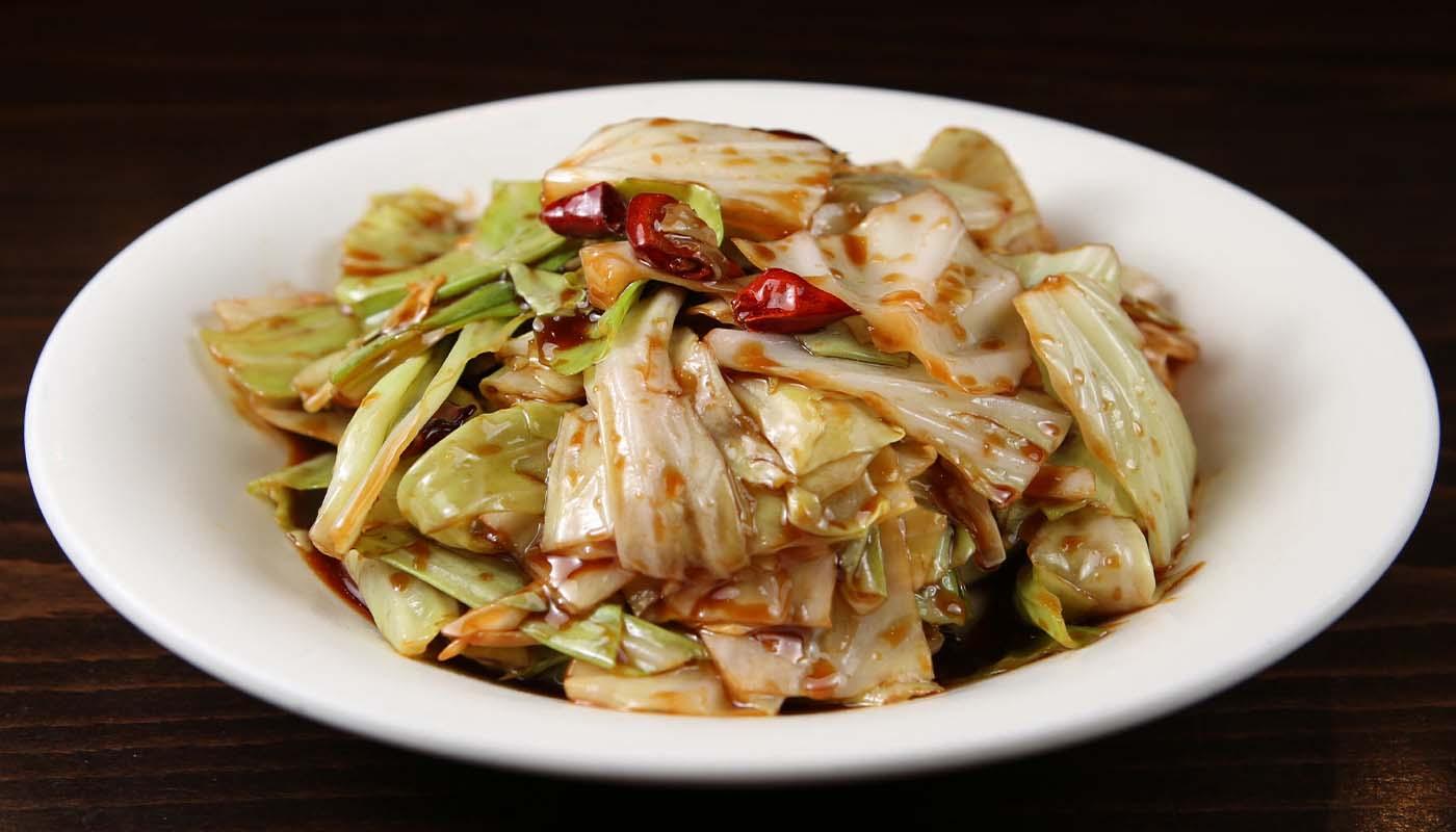 v06 chinese cabbage w. chili sauce 糖醋炝莲白 [spicy]