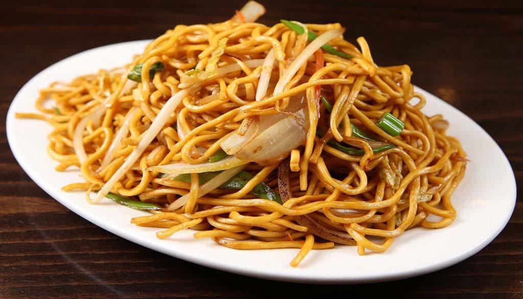 n053 vegetable lo mein 蔬菜捞面