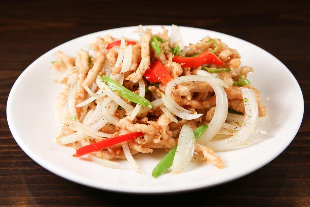 j10 chicken & garlic w. salt pepper 黑椒鸡丝