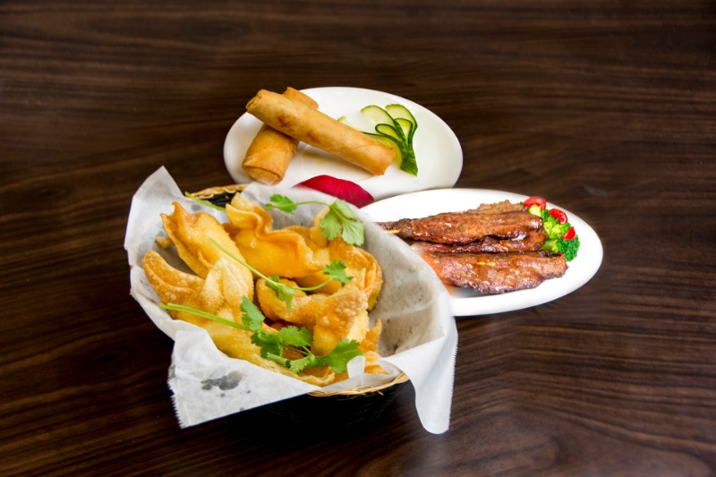 a12. appetizer trio (choice of 3) 三拼盘