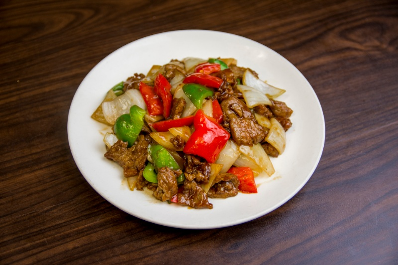 b04. beef with green pepper 青椒牛