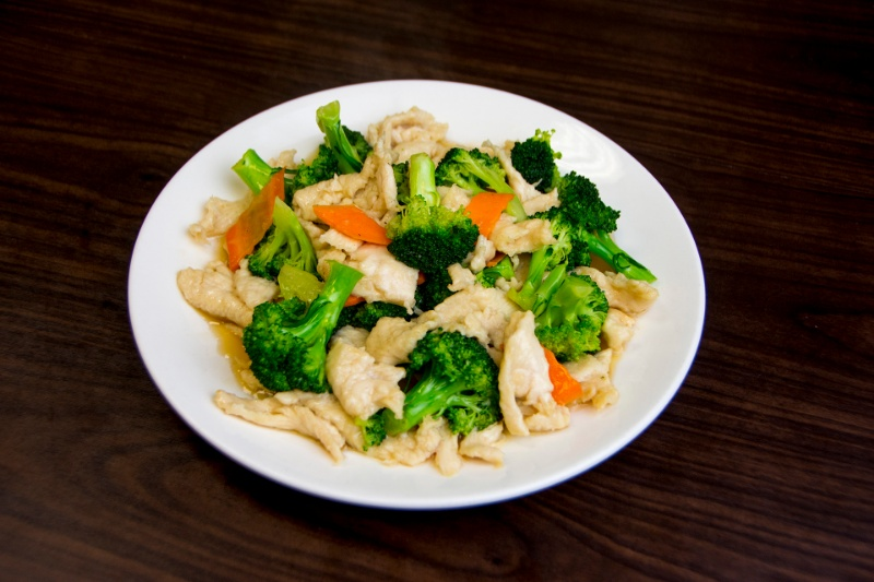 c08. chicken with broccoli 芥兰鸡片