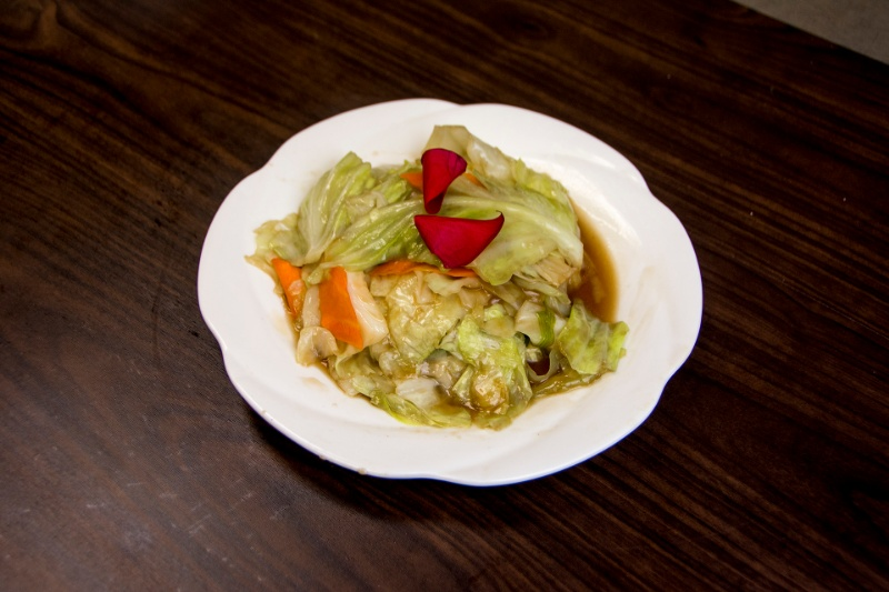 v13. cabbage in sweet and sour sauce 糖醋包心菜